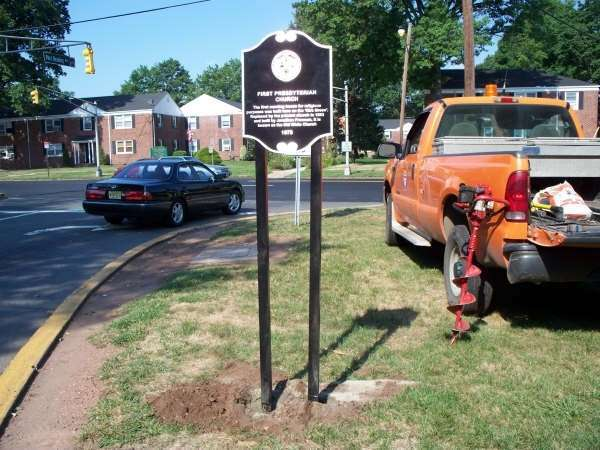 Marker next to vehicle